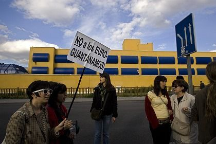 """No European Guantanamos:"" protesters in Spain demonstrate against the treatment and conditions at a detention center in Madrid for illegal immigrants. In the future, most stays in these facilities will be limited in Europe to six months."