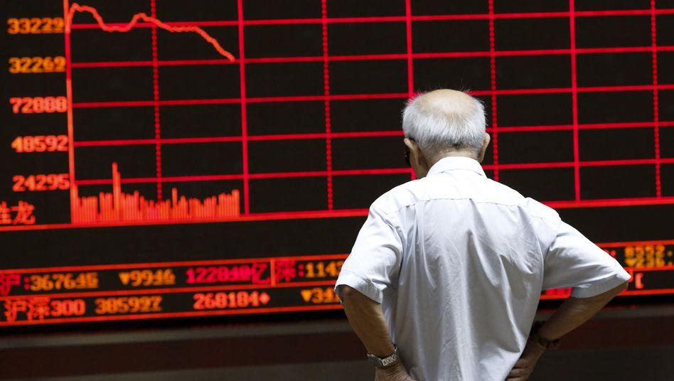 Handelsraum in Peking: Zahlreiche Aktien aus Handel genommen