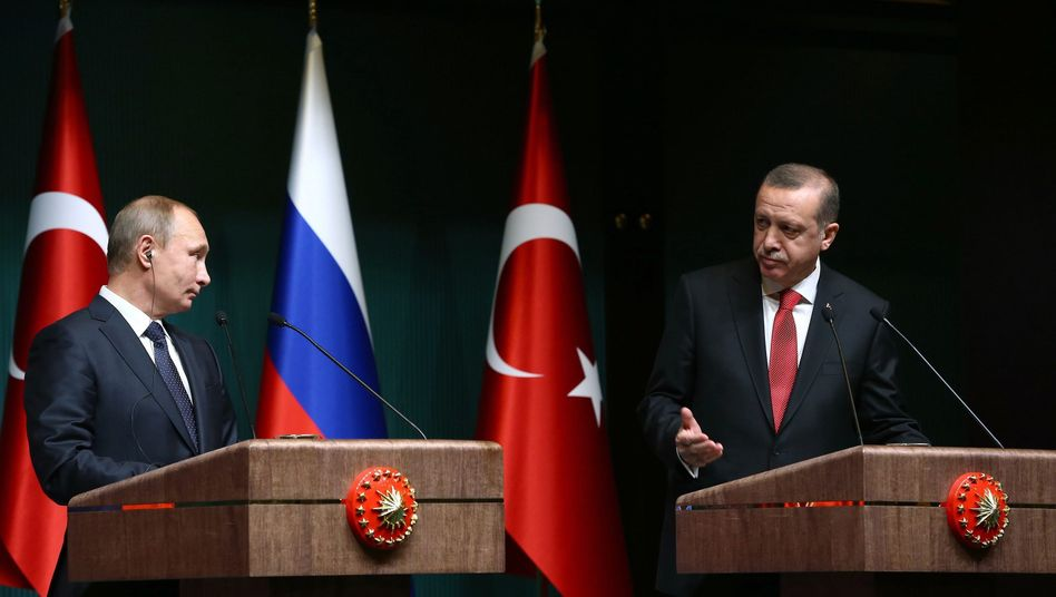 Recep Tayyip Erdogan (r.), Wladimir Putin (2014)