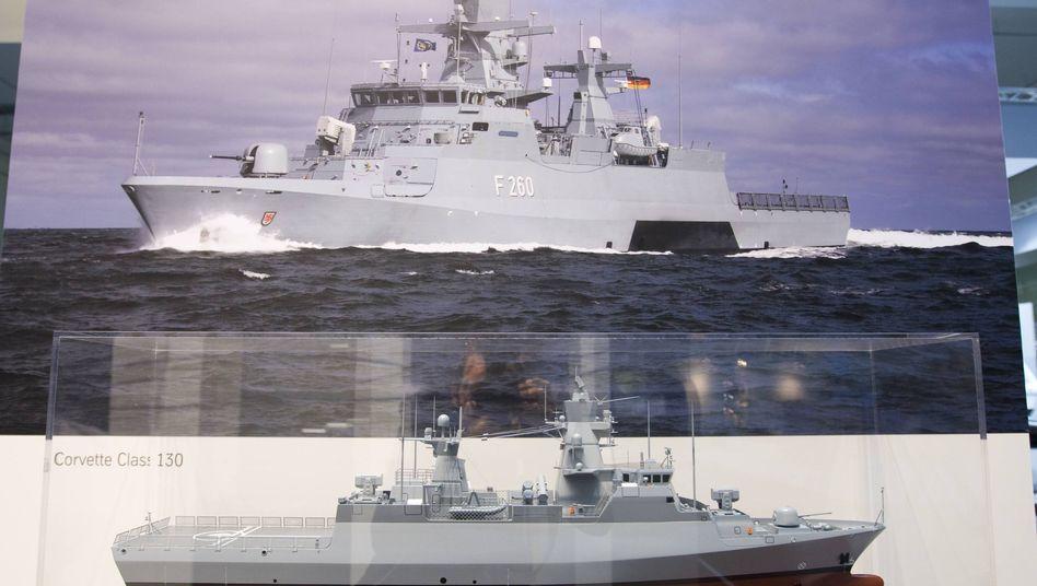 Schiffsmodell vom Typ Korvette Klasse 130 von TKMS (2009)