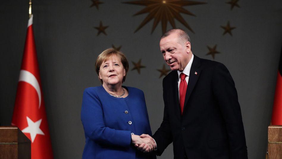 Kanzlerin Merkel und Präsident Erdogan: Gemeinsam eröffneten sie den neuen Campus der Deutsch-Türkischen Universität