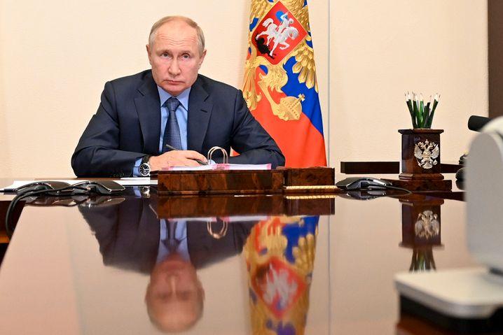 Russlands Präsident Putin triumphiert