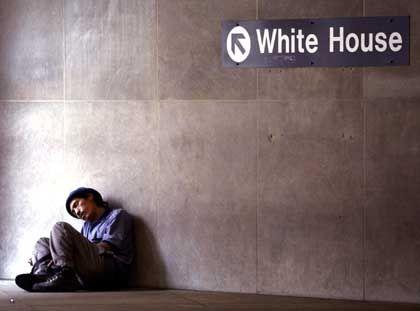 Washington: Ein Obdachloser in der U-Bahn-Station am Weißen Haus in Washington
