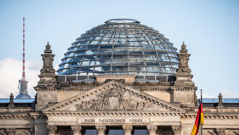 Mögliche Wahlrechtsreform: Weniger Wahlkreise gegen ein größer werdendes Parlament