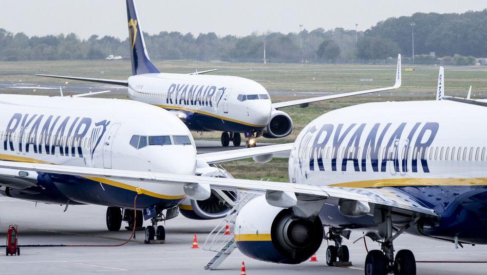Flugzeuge der irischen Airline Ryanair (Archivbild)
