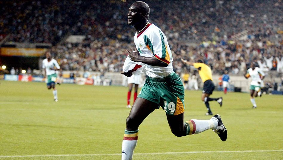 Papa Bouba Diop, senegalesische Fußballlegende