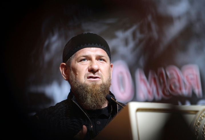 """Ramsan Kadyrow sagt: """"Ein Terrorist kann mehrere Menschen töten, dieser eine Infizierte Zehntausende"""""""