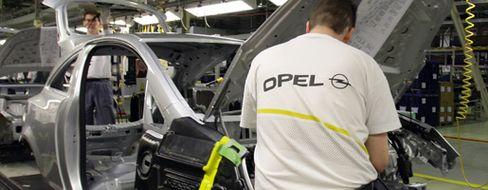"""Arbeiter im Opel-Werk Eisenach: Job-Angst bei der """"Hochzeit im Himmel"""""""