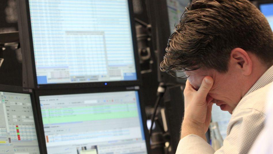 Börsenhändler in Frankfurt: Der Stresstest konnte die Lage nicht beruhigen
