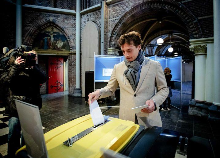 Thierry Baudet bei der Stimmabgabe