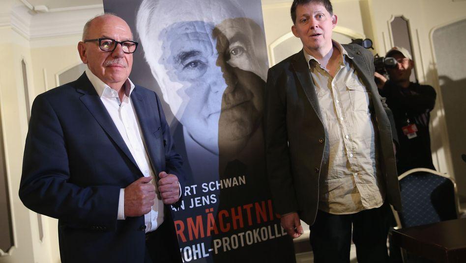Autoren Schwan und Jens (Archivbild): Dürfen Zitate nicht verwenden