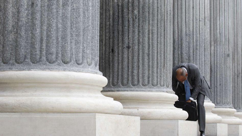 Börse in Madrid: Spanien sucht vergeblich nach billigem Geld