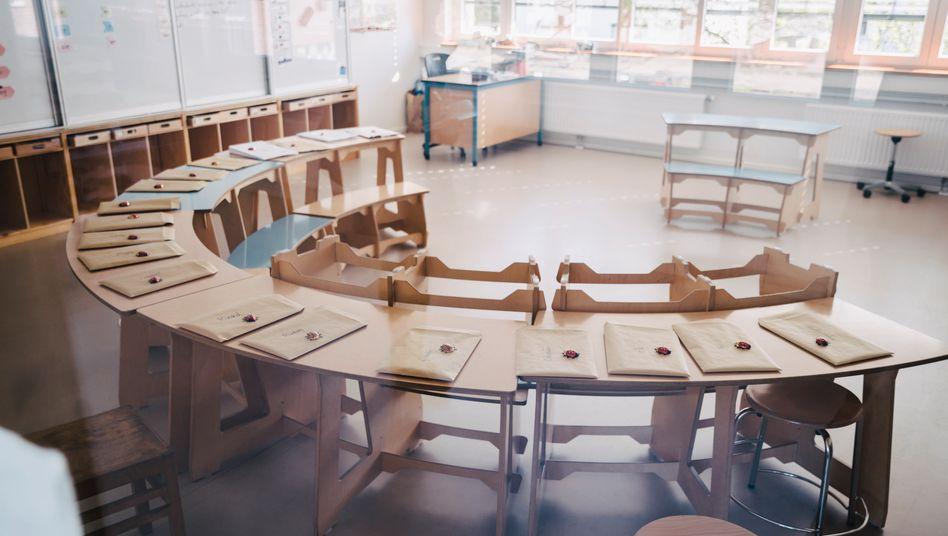 Klassenzimmer ohne Kinder: Am 4. Mai öffnen in vielen Ländern die Schulen schrittweise wieder