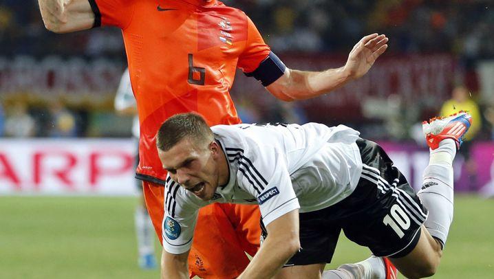 Lukas Podolski: Jubilar unter Druck