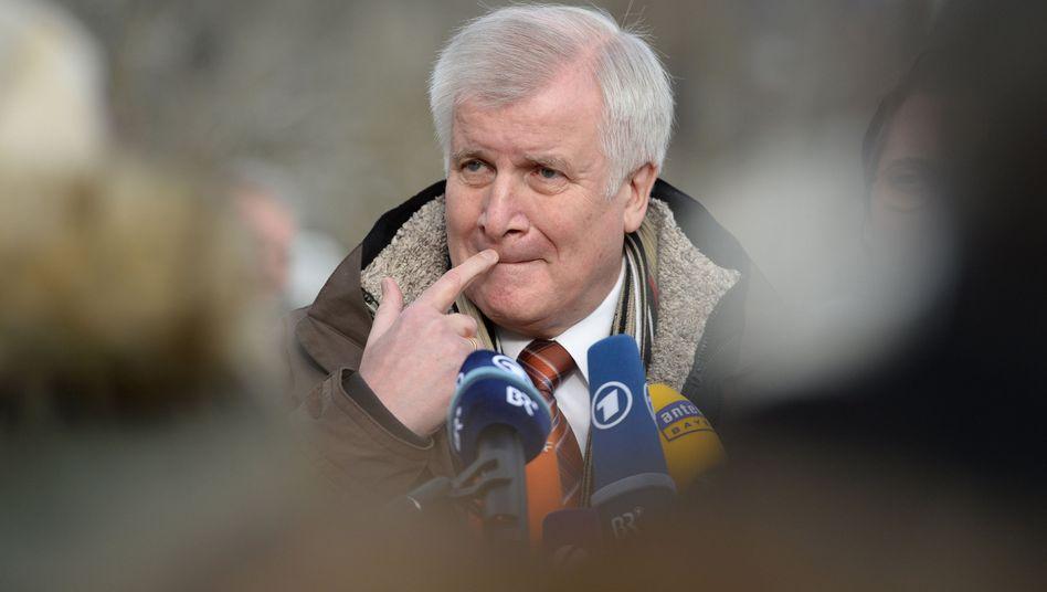 CSU-Chef Seehofer: Politisches Schauspiel