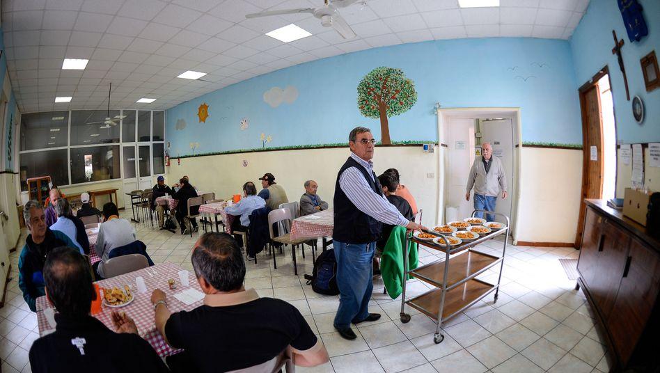 Suppenküche in Rom: Die neue Armut wächst