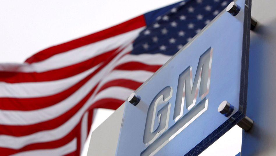US-Flagge vor der GM-Zentrale in Detroit: Starke Absatzzahlen in China