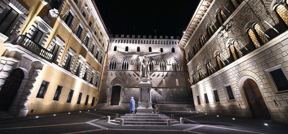 Zentrale der Bank Monte dei Paschi di Siena Entschädigung für private Gläubiger