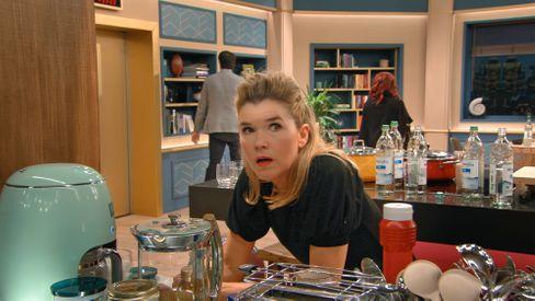 Anke Engelke in der zweiten Staffel »Last One Laughing«