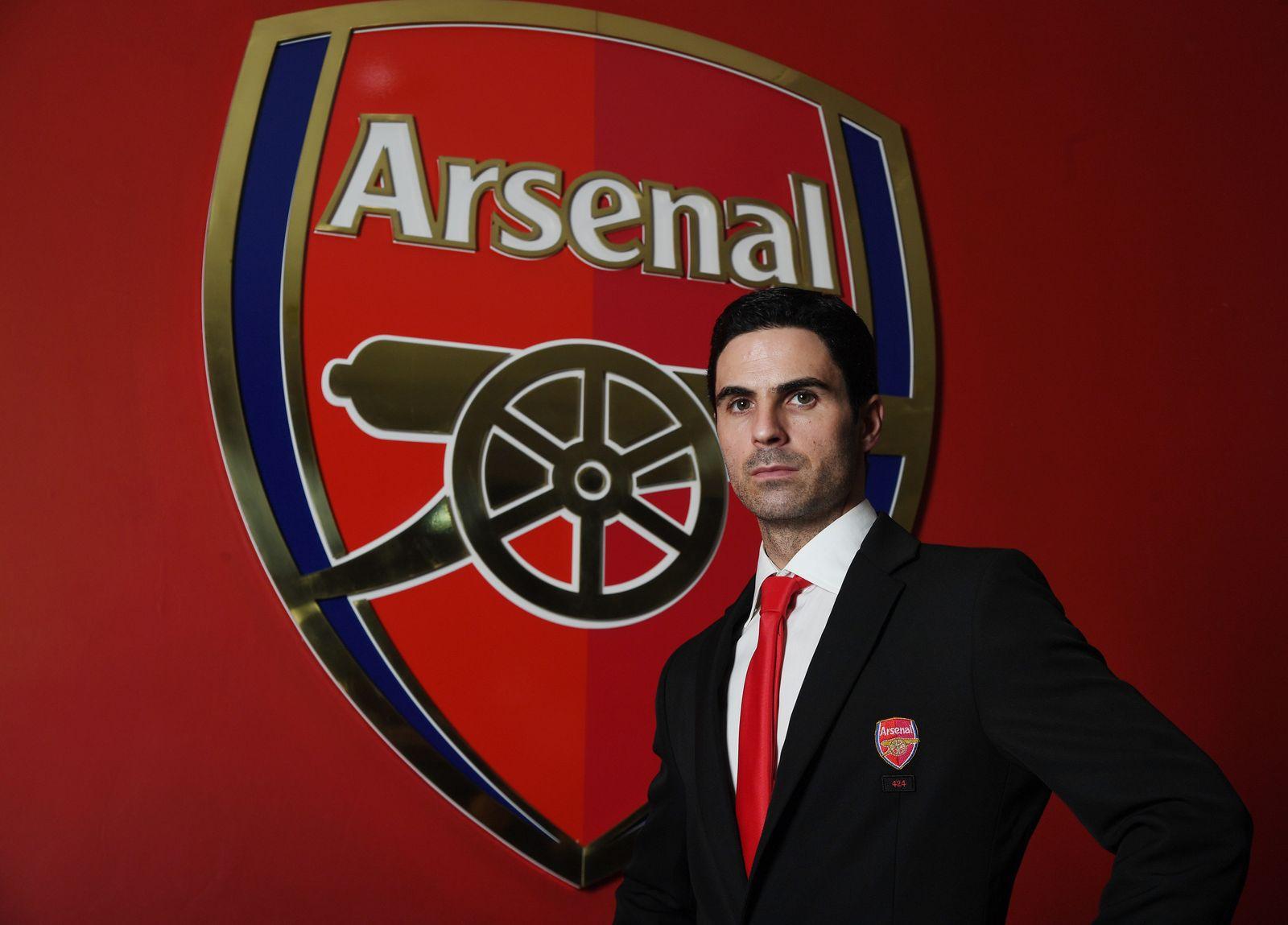 EINMALIGE VERWENDUNG FC Arsenal/ Head Coach/ Mikel Arteta/ Trainer