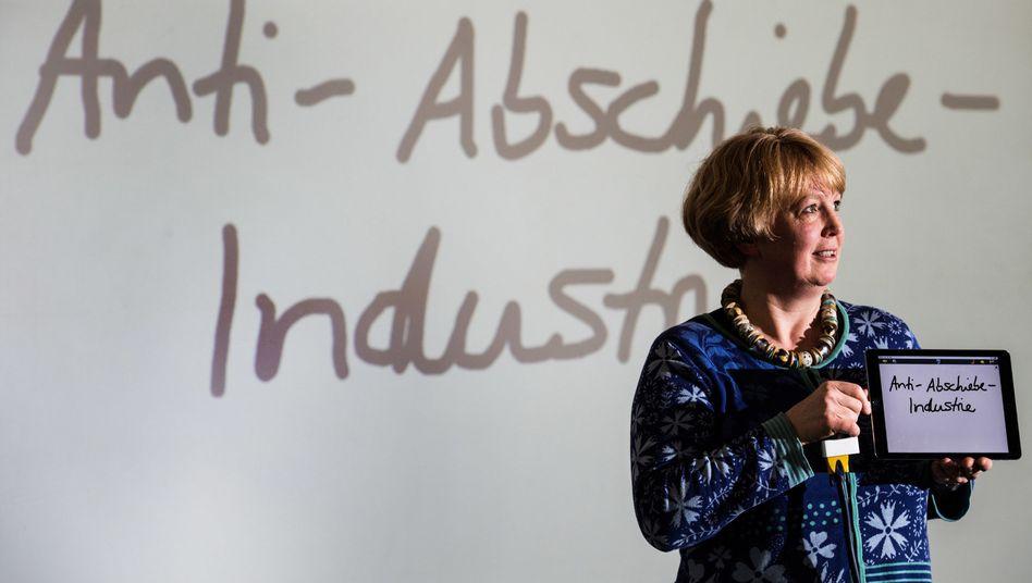 Die Linguistikprofessorin und Jurysprecherin Nina Janich
