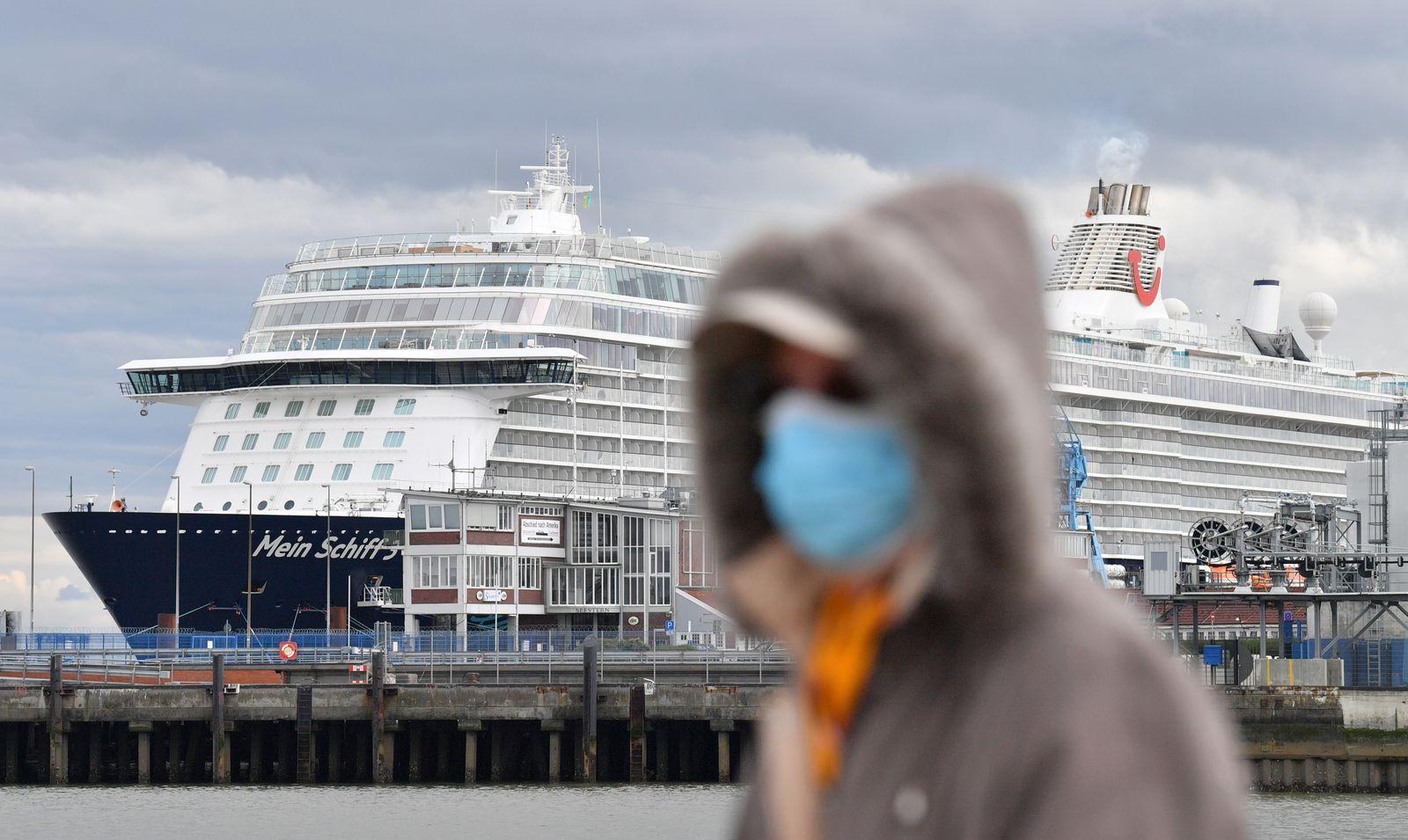 TUI Cruise Ship Under Quarantine Following Positive Covid-19 Infection