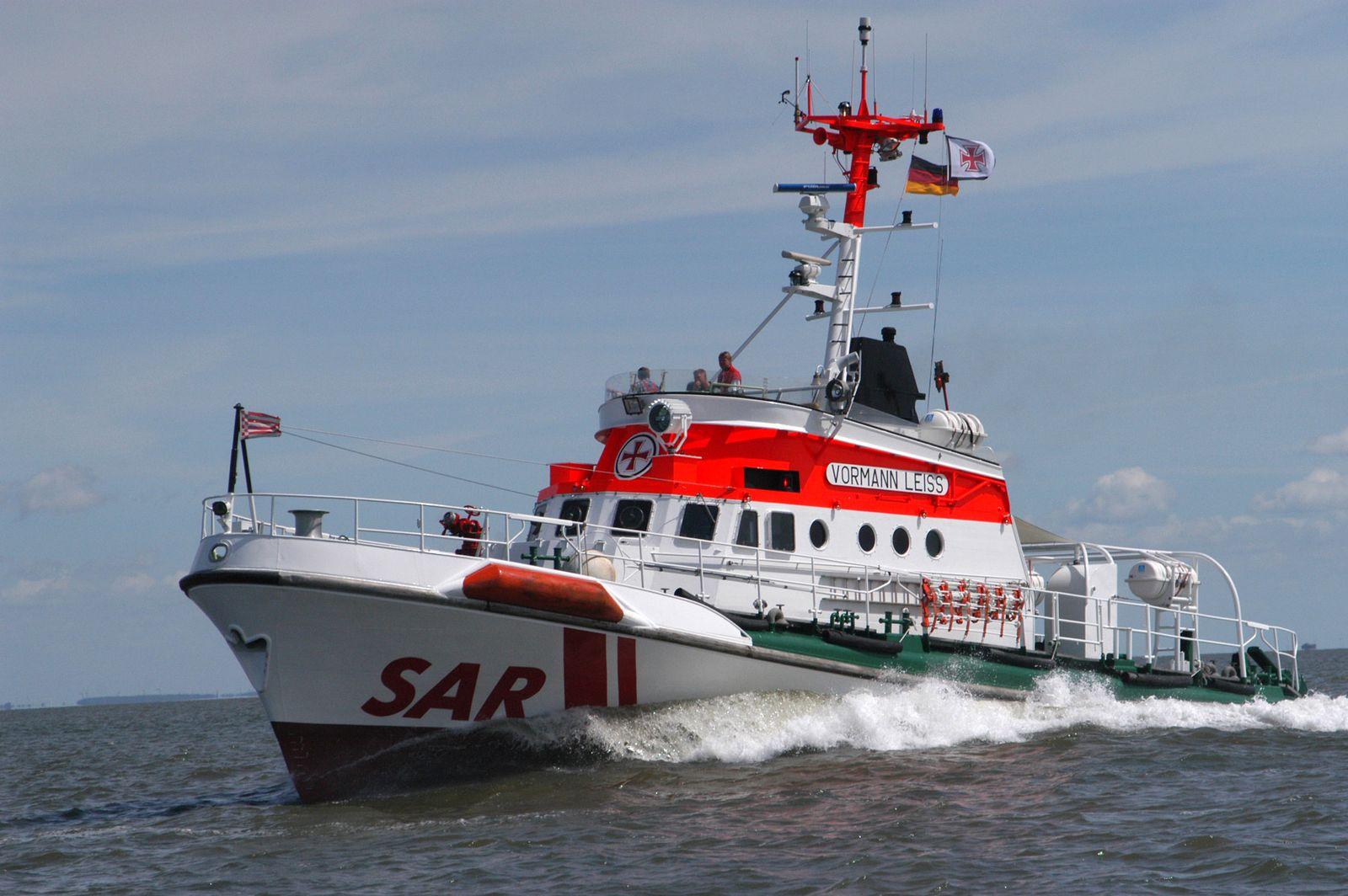 Seenotkreuzer nach Fährunfall im Einsatz