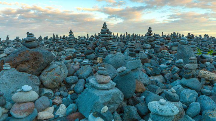Strand auf Teneriffa: Stein auf Stein - das lass sein!