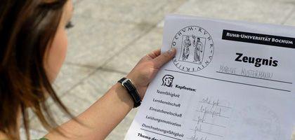 Neues Zeugnis: Uni Bochum setzt auf Kopfnoten