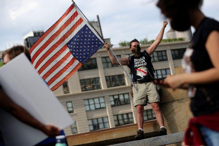 Demonstranten in Brooklyn: Trumps Amerika stirbt