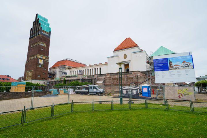 Das Jugendstilensemble Mathildenhöhe in Darmstadt wird umfangreich saniert (Foto vom 22.06.21)