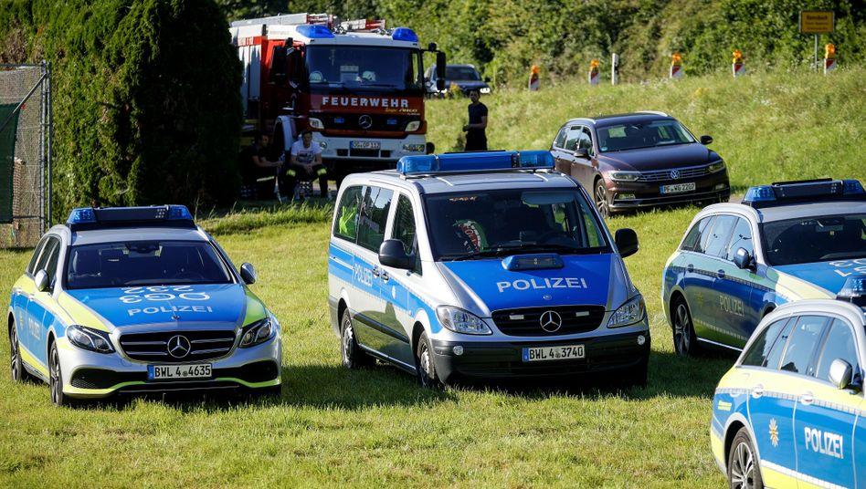Im Schwarzwald sucht ein Großaufgebot der Polizei nach dem Flüchtigen.