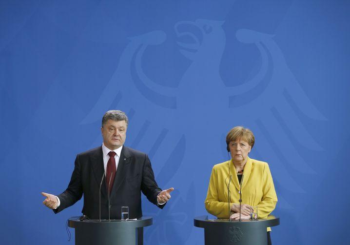 """Poroschenko, Merkel in Berlin: """"Keine Alternative zu Minsk"""""""