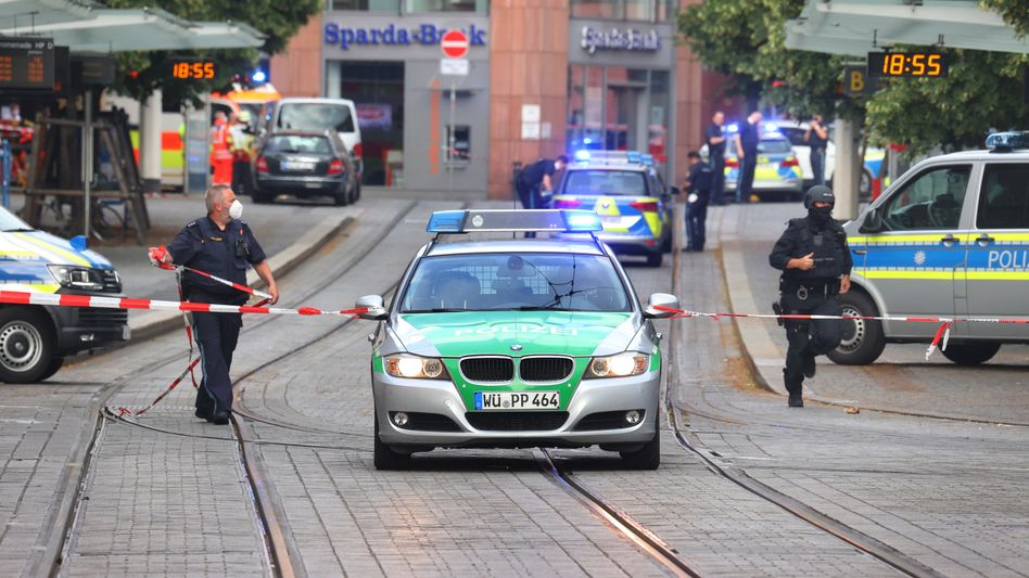 Polizeieinsatz am Freitag: Drei Menschen starben bei einer Messerattacke