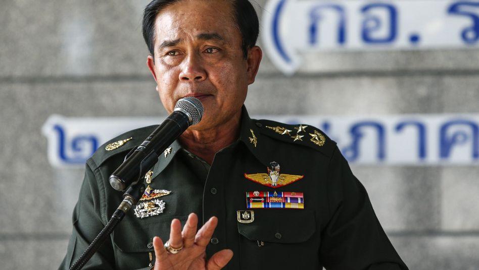 Thailands Militäran der Macht: Das riskante Spiel des Putsch-Generals