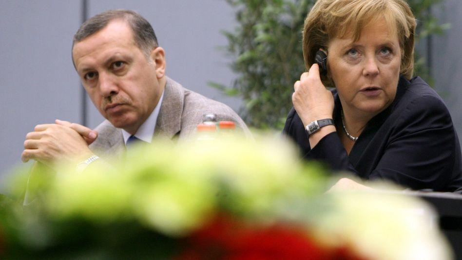 Erdogan und Merkel (2007 in Hannover): Wenig Bewegung bei komplizierten Themen