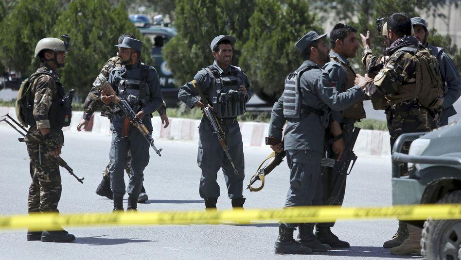 Sicherheitskräfte nach einem Anschlag in Kabul (Archivbild)