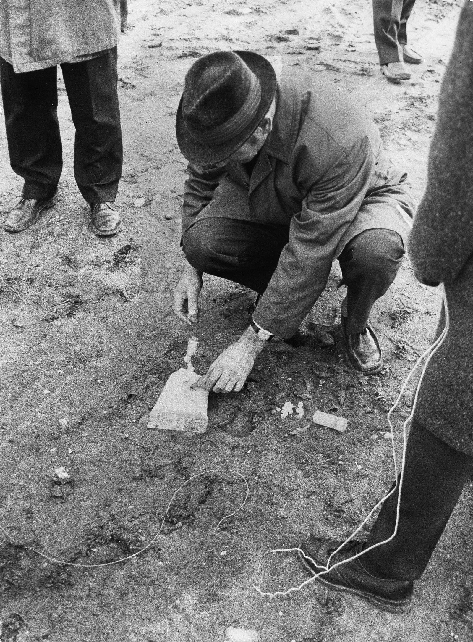 Kontrollierte Explosion Sprengbomben Jüd. Gemeinde Berlin/Kunzelmann Whg.
