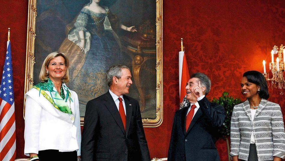 Amerikanisch-österreichisches Treffen in der Wiener Hofburg 2006(*): Ungenierte Interventionen