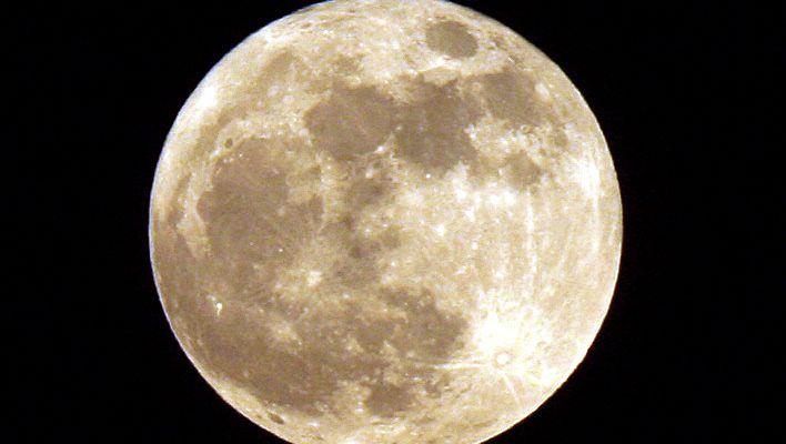 Die erdzugewandte Seite des Mondes (Archivbild)
