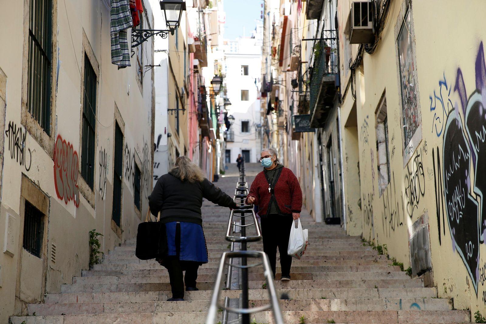 PM announces new COVID lockdown in Lisbon
