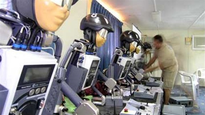 Camel Racing: Robots Jockey for Position in the Desert
