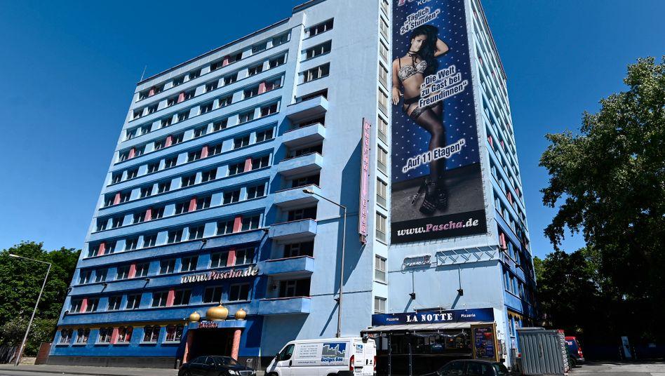 """""""Pascha"""" in Köln: Zu normalen Zeiten schaffen hier um die hundert Prostituierte an"""