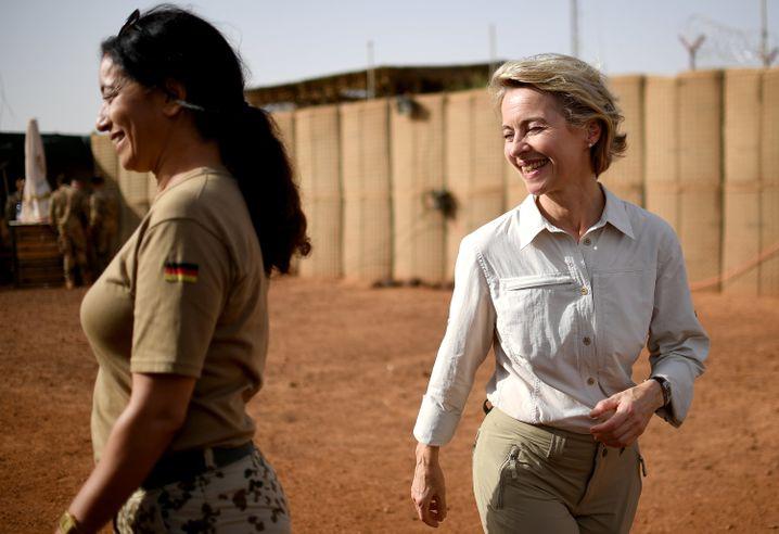 Befehlshaberin von der Leyen in Mali: Das Vertrauen ist nicht zurückgekommen