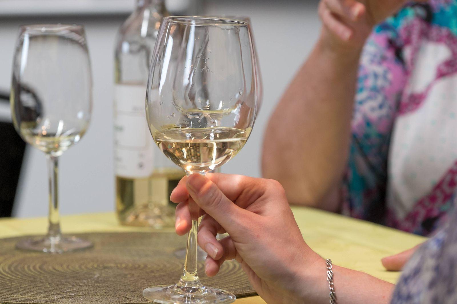 EINMALIGE VERWENDUNG Alkohol/ Krebs