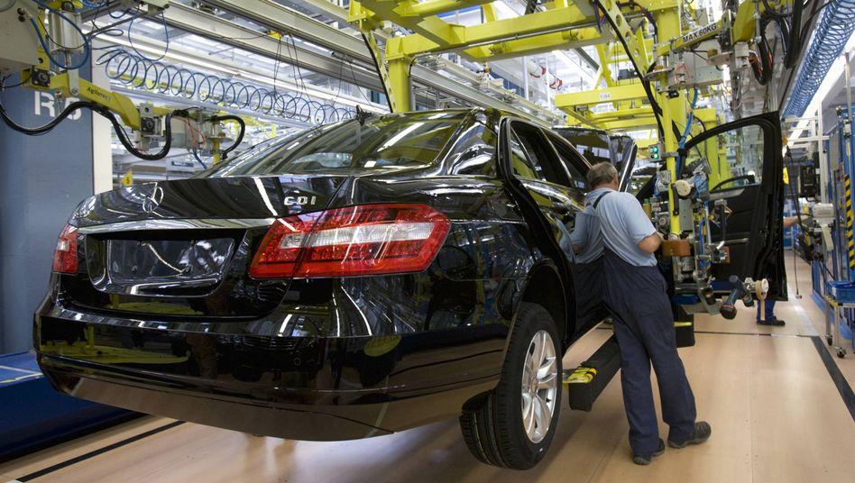 Mercedes-Benz-Werk in Sindelfingen: Zetsche fordert Kohle für Elektroautos