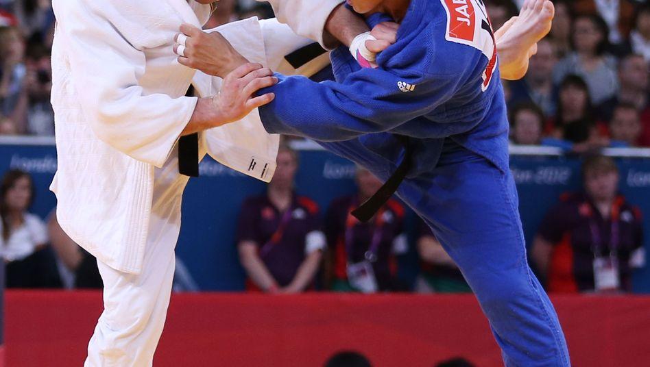 """Judoka Bischof (l.): """"Ich habe ein bisschen zu viel Kräfte gelassen"""""""