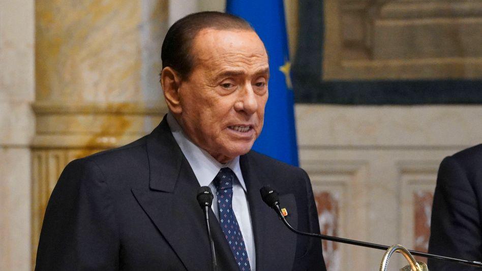Silvio Berlusconi: Im Januar wurde er wegen Herzrhythmusstörungen behandelt