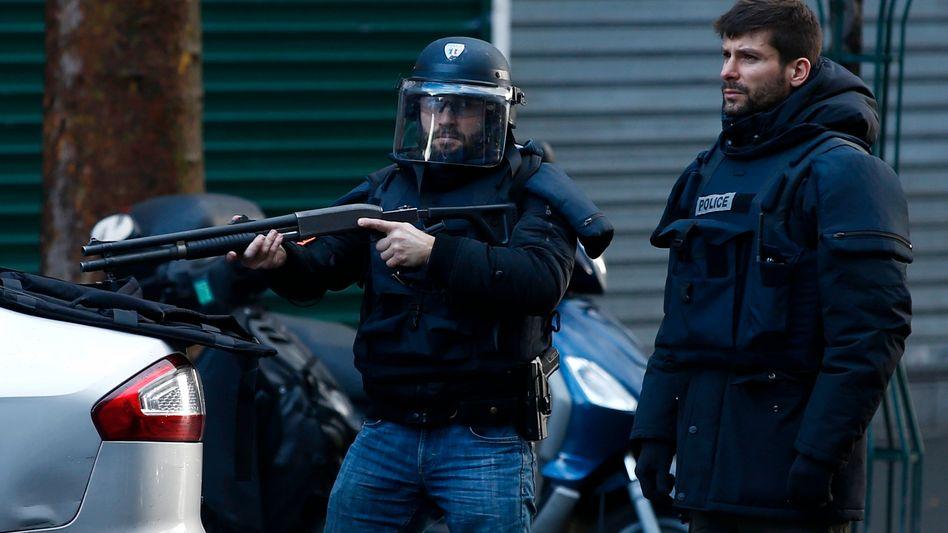 Terror-Ermittlungen: Pariser Attentäter wohnte in Asylunterkunftin Recklinghausen