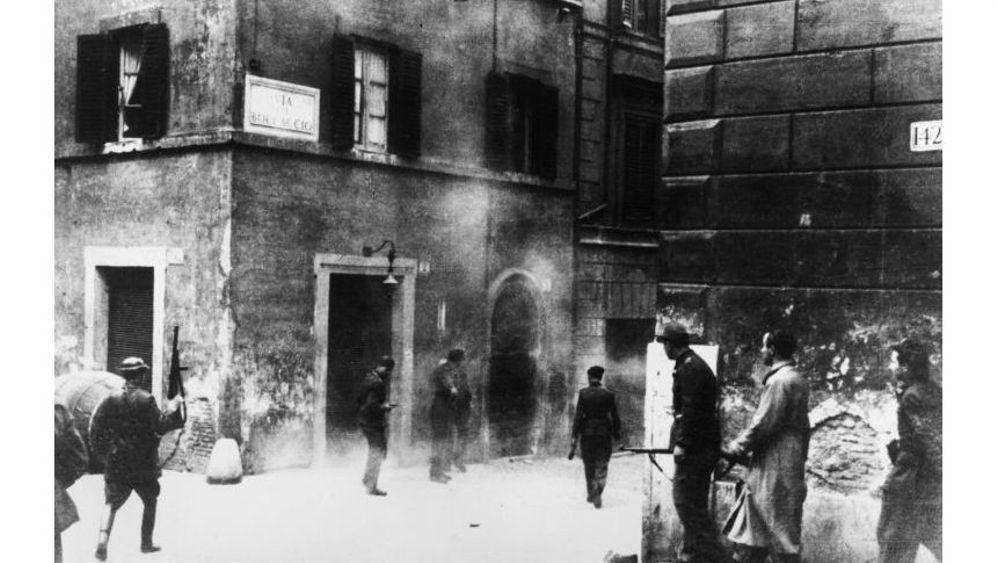 Verbrechen der SS: Das Schweigen von Pius XII.